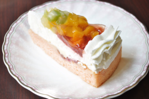 彩りフルーツケーキ 500円